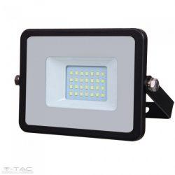 20W LED reflektor Samsung chip fekete 4000K - PRO440